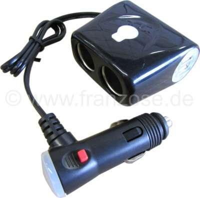 Citroen-2CV Doppelsteckdose für Zigarettenanzünder. Zusätzlich 2x USB Anschlüsse für Ladegeräte. Mit 5