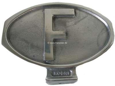 Peugeot F-Schild aus Aluguß poliert. Universal passend. Das Schild hat einen Sockel und kann z.B.