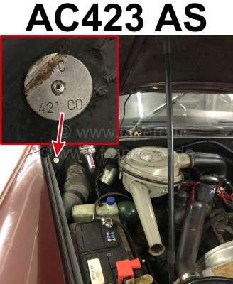 Citroen-DS-11CV-HY Typenschild Farbe: AC423 AS. Befestigt im Motorraum Citroen DS + 2CV