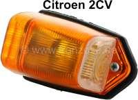 Blinker gelb, mit Fassung. Dieser Blinker wurde seitlich - oben am Citroen 2CV aus den fünfziger Jahren montiert. Die Blinker haben kein Prüfzeichen! | 14450 | Der Franzose - www.franzose.de