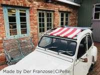 2CV, Sonnensegel rot-weiß gestreift. Das Segel wird bei geöffneten Dach eingespannt! Die Ummantelung der mittleren Dachstrebe muss demontiert werden! Passend für Citroen 2CV. | 18198 | Der Franzose - www.franzose.de