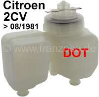 Bremsflüssigkeitsbehälter mit Verschlussdeckel, für das Bremssystem DOT. Passend für Citroen 2CV6 mit vorderen Trommelbremsen. Der Behälter ist weiß eingefärbt und hat einen weißen Deckel. Der Anschluß auf dem Hauptbremszylinder ist von mitte zu mitte: 70mm. - 13231 - Der Franzose