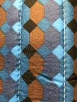 Sitzbankbezug 2CV, für 1 Sitzbank vorne + 1 Sitzbank hinten. Stoff: Damier Bleu (Stoff mit kleinen Quadraten, Hauptfarbe blau). Die Seitenteile sind geschlossen. Made in France. -1 - 18795 - Der Franzose