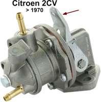 Benzinpumpe für 2CV bis 1970! Waagerechter Zulauf, mit Handpumpenhebel! Nach vielen Jahren ist endlich wieder eine Pumpe mit zusätzlicher Handbetätigung für klassische 2CV lieferbar! - 10584 - Der Franzose