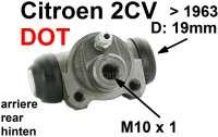 Radbremszylinder hinten, Bremssystem DOT. Passend für Citroen 2CV, bis Baujahr 1963. Kolbendurchmesser: 19mm. Bremsleitungsanschluß: M10 x 100. | 13080 | Der Franzose - www.franzose.de