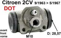 Radbremszylinder vorne, Bremssystem DOT. Passend für Citroen 2CV, von Baujahr 9/1963 bis 5/1967. Kolbendurchmesser: 28,57mm (1 1/8 Zoll). Bremsleitungsanschluß: M10 x 100. Made in Spain. - 13078 - Der Franzose