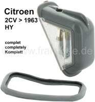 Kennzeichenleuchte komplett, mittig (bei geteilten Kennzeichen), für Citroen 2CV bis Baujahr 1963 (schräges heckblech) + Citroen HY. Durch zukleben und lackieren eines Seitenglases, kann die Leuchte auch für links oder rechts verwendet werden. - 14260 - Der Franzose