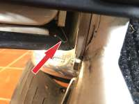 2CV%2C+T%FCrdichtung%3A+Federklammer+f%FCr+die+Ecke+der+T%FCrdichtung+%28damit+die+Gummiecke+sich+nicht+einklemmt%29.+Die+Klammer+wurde+bei+den+letzten+Baujahren+verbaut%2C+und+fehlt+nahezu+bei+jedem+Fahrzeug.+Or.+Nr.+AZ841-53.