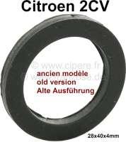 2CV, Kofferraumklappe, Gummi unter der Chromrosette. Alte Version. 28x40x4mm. A861-74 | 16280 | Der Franzose - www.franzose.de