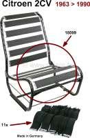 Gurtumbausatz für die Sitzfläche (für 1 Sitz vorne), passend für Citroen 2CV. Die Gurte ersetzten die Gummis und den Jutebezug unterhalb der Polsterung. Die Gurte geben eine straffere Sitzfläche. Durch das Weglassen einzelner Gurte, kann das Sitzverhalten optimal auf den Fahrer eingestellt werden.Für die Montage sind die langen Haken der alten Gummiringe zu verwenden. Achtung: Die Gurte sind nur für die Sitzfläche. Für die Rückenlehne benötigen Sie unsere Nummer 18100. Made in Germany. - 18099 - Der Franzose