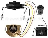 Elektronische Zündanlage 6 + 12 Volt. Für alle Citroen 2CV, vom 375ccm Motor mit 9 PS bis zum M28/1 Motor vom 2CV6. Die Anlage ist in 16 Positionen einstellbar. Alle Motoren, die jemals im 2CV montiert wurden, sind einstellbar. Diese elektronische Zündanlage ist sehr einfach einzubauen und hat keine mechanischen Bauteile mehr, die verschleißen können. Es entfallen sämtliche Wartungsarbeiten an der Zündung. Sie werden begeistert sein! -2 - 14328 - Der Franzose