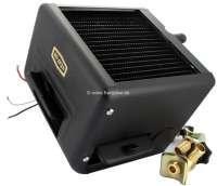 Zusatzheizung, Warmwasserheizung zum Nachrüsten! Zum Einbau in den kleinen Heizkreis. Wasseranschlüsse 16mm. Diese Art der Heizung gab es sehr viel in den 50iger + 60iger jahre zum Nachrüsten. Komplett mit Heizungskühler (Wärmetauscher), Gebläse, Warmluftverstellklappen. Optimal zB. für Citroen HY, 11CV, Zusatzheizung DS, Peugeot 403 usw. 12 Volt Anschluss für das Gebläse. Heizleistung bis 6KW. Luftmenge bis 360m³/h. Außemmaße: Breite 175mm, Tiefe über alles 150mm, Höhe 175mm. Inclusive 2 Stufen Gebläseschalter, manuelles Regelventil für Einbau  in Kühlerschlauch. -2 - 72752 - Der Franzose