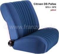 DS Pallas, Sitzbezüge vorne + hinten, Citroen DS Pallas 1974-1975, Farbe petrol gekettelt (gestreift, die Streifen haben ein Muster aus kleine Quadraten, sogenannte Blockies). Hohe Rückenlehne ab 1965. Der Sitzbezug ist mittig in Pfeiffen abgesteppt (längsgenäht). Die Pfeiffen sind gemustert. (gekettelt-Blockies). - 38339 - Der Franzose