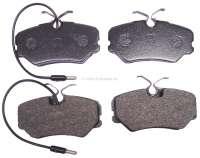 P 405/ZX, Bremsklötze vorne, Bremssystem Girling, für Peugeot 405 Serie 1 + 2, Citroen ZX. Breite 95mm, Höhe 49mm, Bremsbelagstärke 18,6mm. - 74608 - Der Franzose