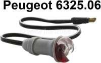 Parkleuchte (Positionsleuchte) komplett, montiert auf den vorderen Kotflügel. Farbe: rot-weiß. Passend für Peugeot 404 Limousine + 404 Cabrio / Coupe. Peugeot 403 + 504 Limousine. Or. Nr. 6325.06 - 75328 - Der Franzose