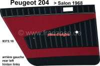 P 204, Türverkleidung hinten links. Farbe: Kunstleder dunkelrot (Rouge 3103). Passend für Peugeot 204 (Limousine), bis Salon 1968. Original Peugeot, kein Nachbau. Or. Nr. 9372.18 - 78220 - Der Franzose