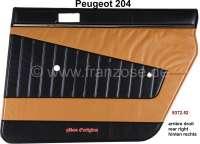 P 204, Türverkleidung hinten rechts. Farbe: Kunstleder beige-schwarz (Pain dorè 3170). Passend für Peugeot 204, bis Salon 1970. Original Peugeot, kein Nachbau. Or. Nr. 9372.52   78234   Der Franzose - www.franzose.de