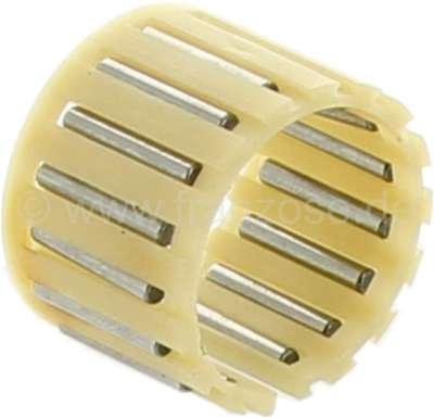 Citroen-2CV Needle bearing between jackshaft + sliding sleeve 4th gear. Suitable for Citroen 2CV6. Dim