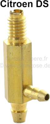 Citroen-2CV Wiper system nozzles - lower part, from brass. With additional connection for a hose. Suit