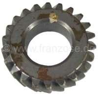 Crankshaft+gear+wheel+narrowly%2C+for+Citroen+AMI8+%2B+2CV6.+22+teeth.+Gear-wide%3A+13%2C6mm.+Wide+one+completely%3A+15%2C6mm.