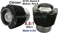 Piston + liner (2 pieces). Suitable for Citroen 2CV6/Club, Charleston, Special. Dyane 6, Ami 6 + 8. Engine capacity: 602ccm. Engine: M28, R6, 627. Compression 8,5:1. Inclusive Piston rings. Piston pin: 20 x 63,5mm. High-quality reproduction from the European Union. - 10056 - Der Franzose