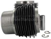 Piston+%2B+liners+for+2CV4%2C+435cc%2C+inclusive+piston+rings+%2B+piston+pins.+Bore%3A+68%2C5mm.+Piston+pin%3A+19.5+x+62mm.+Piston+rings%3A+1%2C75+%2B+2.0+%2B+4%2C0.+Original+supplier.