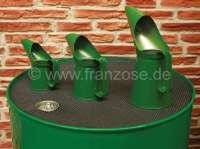 Oil cans set out of sheet metal (3 item). Color: green. Holding capacity: 1/2 pint (0.28 liters). 1 pint (0.5683 liters), 2 pint (1.13 liters). - 21060 - Der Franzose
