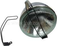 Auxiliary fixture for round headlight reflectors for Citroen 2CV. The small grating should be hitched above and below and prevent that the reflectors drop out. These addiotional fitting are just for expeditions, for road traffic forbidden. - 14365 - Der Franzose