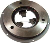 Clutch pressure plate, for 3 lever clutch. New part! Suitable for Citroen DS19, to year of construction 1965. Diameter: 216mm. Or. No. D312-0. The pressure plate are adjusted after Citroen work instruction 312/3 to a clutch disk with 9,3mm thickness. If your clutch disk should have another thickness, the pressure plate must be readjusted after Citroen instruction 312/3! Made by Franzose. -1 - 30109 - Der Franzose