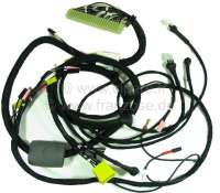 Cable harness for the fuel injection system. Body-laterally (electronic control module). 2 plugs, white + yellow. Ever 6 connections. Suitable for Citroen DS IE, starting from year of construction 04/1971 (with air temperature sensor). | 34020 | Der Franzose - www.franzose.de