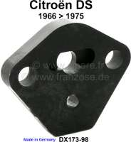 Gasoline pump distance plate. Suitable for Citroen DS, starting from year of construction 1966. Or. No. DX173-98 | 32387 | Der Franzose - www.franzose.de