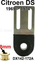 Throttle linkage bearing in the engine compartment (at the front wall). Suitable for Citroen DS, of year of construction 1969 to 1974. Interior bush diameter: 8mm. Or. No. DX142172A | 32209 | Der Franzose - www.franzose.de