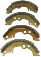 Brake shoes rear (1 set). Brake system: Bendix. Suitable for Renault R4, starting from year of construction 07/1986. Renault R5. Peugeot 104. Citroen LNA, Visa. Drum diameter: 180mm. Lining-wide: 32mm. Reproduction | 84047 | Der Franzose - www.franzose.de