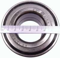 P 205/404/BX, wheel bearing Peugeot 205 in front starting from 1,6L, Peugeot 405, Citroen BX. Outside diameter 82mm, inside diameter 41,9mm, wide one 36mm. Or.Nr. 332635 -1 - 73546 - Der Franzose