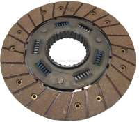 P 204/304, clutch disk with torsion spring. Suitable for Peugeot 204 + 304. Year of construction 1968 to 1976. Diameter: 200mm. Teeth: 28. Or. No. 2054.46 -1 - 72180 - Der Franzose