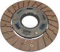 P 204/304, clutch disk with torsion spring. Suitable for Peugeot 204 + 304. Year of construction 1968 to 1976. Diameter: 200mm. Teeth: 28. Or. No. 2054.46 - 72180 - Der Franzose