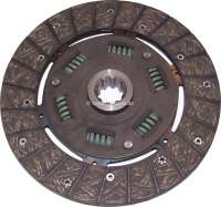 P 404/504/505, clutch disk. Dimension: 215mm x 29 x 10mm. 6 springs, 10 teeth. Suitable for Peugeot 404, starting from year of construction 1967 (all petrols). Peugeot 504 + 505 petrols, with 215mm pressure plate and 6 springs in the clutch disk. - 72547 - Der Franzose