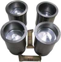 P 203/403, piston + liner (4 pieces). Suitable for Peugeot 203 + 403 (7CV). Bore: 75mm. Piston pin: 22 x 64mm. Piston rings: 2,5 + 2.5 + 4 + 4mm. (4 piston rings). Engine capacity: 1290cc. - 71184 - Der Franzose