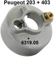 P 203/403, turn signal switch housing (steering wheel hub lining) made of metal. Suitable for Peugeot 203 + 403. Inside diameter: 33,5mm. Or. No. 6319.05 - 75335 - Der Franzose