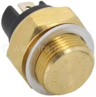 Temperature switch coolant. 82°-68°. Thread: M22x1,5. 2x electric connection. Suitable for Peugeot 404 (all engines). Peugeot 504, 505, J7, J9. Peugeot 304 (engine XL3, XK5, XL4D), of year of construction 09/1969 to 06/1974. Or. No. 0242.12 -1 - 72048 - Der Franzose