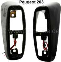 P 203, taillight bases made of metal (2 fittings). Suitable for Peugeot 203. - 75330 - Der Franzose
