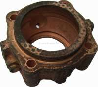 P 404/504, neck journal bearing flange (outlet cardan shaft at the gearbox). Suitable for Peugeot 404 + 504. Or. No. 2608.10 - 73051 - Der Franzose
