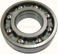 P 404/504/505, bearing for the gearbox main shaft. Suitable for Peugeot 404, Peugeot 504, Peugeot 505. Outside diameter: 75mm. Inside diameter: 35mm. Overall height: 20mm. Or. No. 230810 - 70745 - Der Franzose