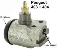P 403/404, wheel brake cylinder in front. 1 piston (30mm). Brake line connector: 7/16 x 24 UNF. Suitable for Peugeot 403 + 404 (starting from year of construction 1965). Mounting board bore 22mm. Length over all 65mm. Or. No. 4401-20. Made in France - 74163 - Der Franzose