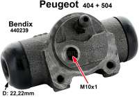 P 404/504, wheel brake cylinder at the rear left, Peugeot 404 + 504, system Bendix, 22mm piston, 3/8 x 24 UNF connection, mounting board bore = 36 mm, length over everything = 82 mm. Made in Europe. - 74071 - Der Franzose