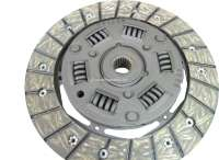 Clutch complet. Suitable for Renault R4 (956cc + 1108cc), of year of construction 1977 to 1992 (R1128, 112C, S128, 210B, 239B, R2370 chassis N° 153413 - > N°). Renault R5, R7, R12. The clutch has 180mm diameter, the clutch disk 20 teeth. Reproduction. Or. No. 7711130003 (complet). 7701349936 (clutch disk). 7711130000 (pressure plate). 7701348231 (clutch release sleeve). -1 - 82092 - Der Franzose