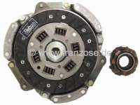 Clutch completely. Suitable for Renault R4 (852cc + 1108cc), to year of construction 1975 (R2106, R2109 1968>, R2391, R1120, R1123, R1126). Gearbox 354. The clutch has 160mm diameter, the clutch disk 20 teeth. Brand quality (VALEO). Or. No. 7701464763 (complete). 7701033150 (clutch disk). 7701032876 (pressure plate). 7701616841 (clutch release sleeve) -1 - 82096 - Der Franzose