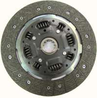 Clutch disk, suitable for Renault Alpine A310 + Renault R30. Diameter: 235mm (235 x 162 x 3,2mm). Number of teeth: 10. Hub profile: 24,5x29 -2 - 82617 - Der Franzose
