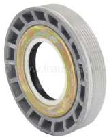 Differential bearing adjusting nut, with shaft seal. Suitable for Renault R4, R5, R6, R12, R16 TX (5 gear gearbox). Outside diameter: 74,8mm. Inside diameter: 35,0mm. Overall height: 16,0mm. Or. No. 7700634643 -1 - 80155 - Der Franzose
