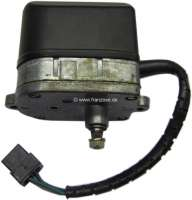 R5, windshield wiper motor, angular version. Suitable for Renault R5 (R1220), of year of construction 06/1972 to 09/1974. Or. No. 52222602 - 85223 - Der Franzose